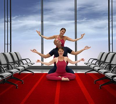 Paris Aéroport offre cet été à ses voyageurs des séances de yoga en salles d'embarquement