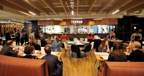 Deux restaurants de Paris-Charles de Gaulle récompensés aux FAB Awards 2019, la plus célèbre des compétitions dédiées à la restauration d'aéroport<br /> <br /> Meilleur restaurant d'aéroport au monde<br /> Teppan, la gastronomie française revisitée par Thierry Marx<br /> <br /> Prix Spécial du jury<br /> The French Taste, le restaurant du chef étoilé Guy Martin<br />