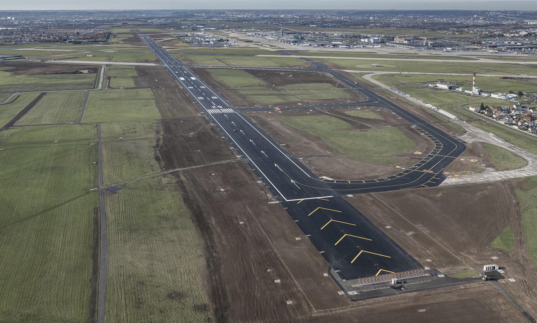 Le Groupe ADP a remis en service, le 2 décembre, la nouvelle piste 3 de l'aéroport Paris-Orly
