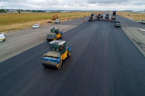 Le Groupe ADP réhabilite l'une des trois pistes <br /> de l'aéroport Paris-Le Bourget
